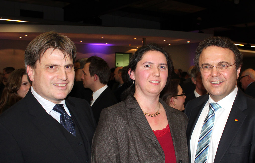 v.l.: Prof. Dr. Winfried Bausback (MdL), Dr. Petra Koch, Innenminister Dr. Hans-Peter Friedrich