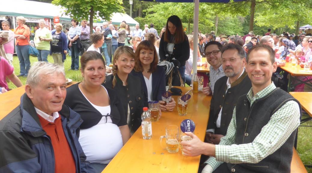 (v. l.) Günter Dehn (Bürgermeister a. D.), Sandra Sommer, Judith Gerlach (MdL, Stadträtin), Jessica Euler (Bürgermeisterin), Tobias Heyde (stellv. Ortsvorsitzender), Thomas Gerlach (Stadtrat), Tobias Nitsch